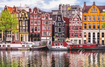 Канал в Амстердаме